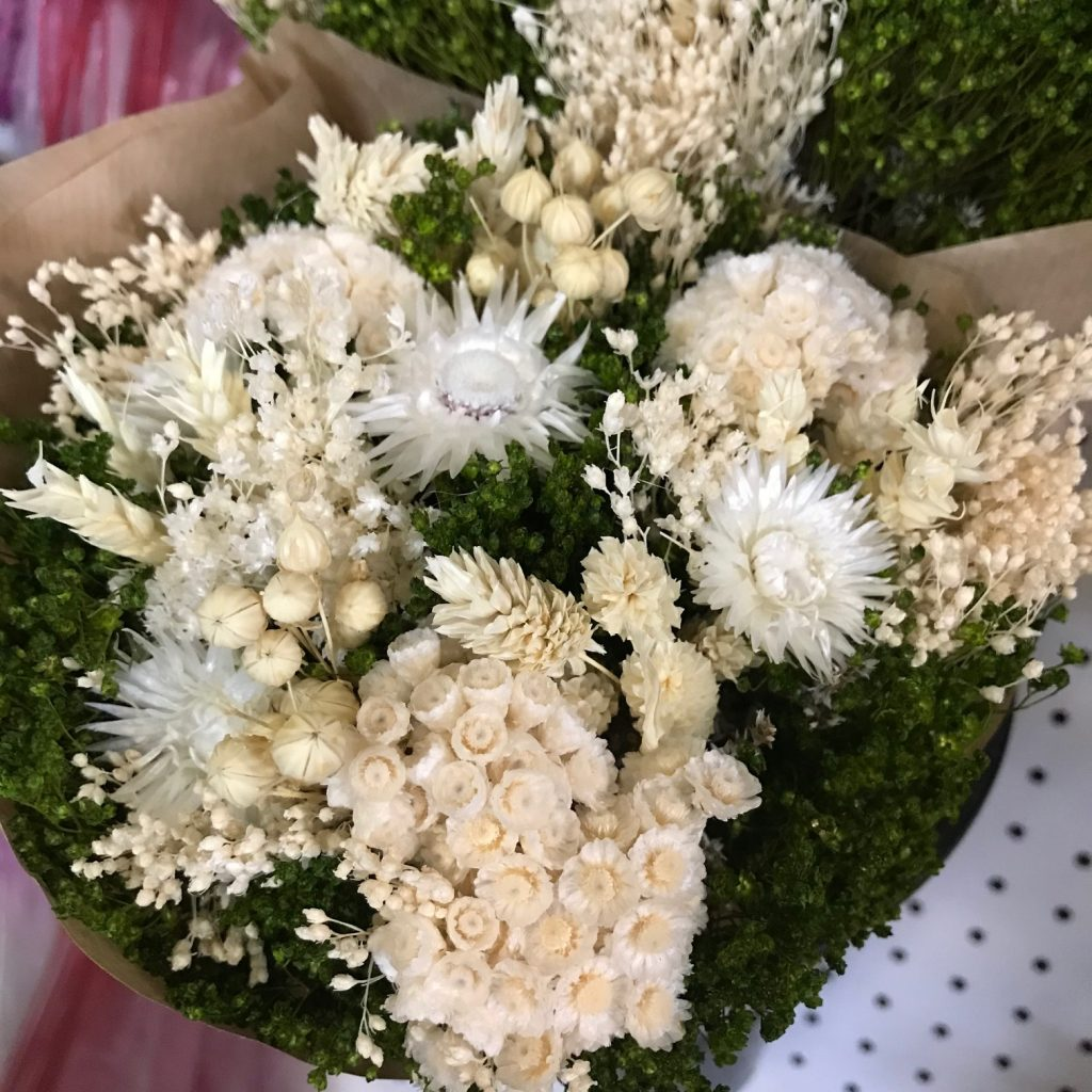 M-and-M_Cut-Flora_Product